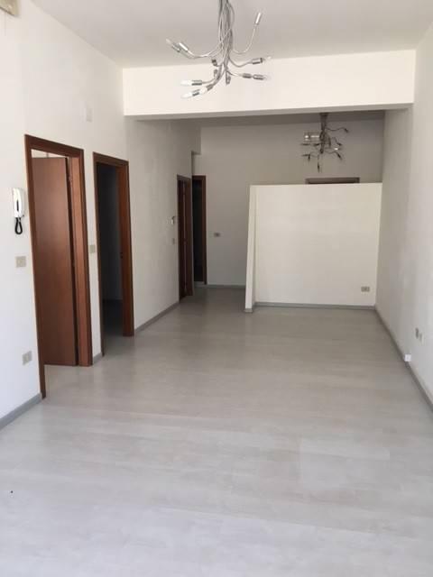 Ufficio / Studio in affitto a Villa Carcina, 3 locali, prezzo € 600 | PortaleAgenzieImmobiliari.it