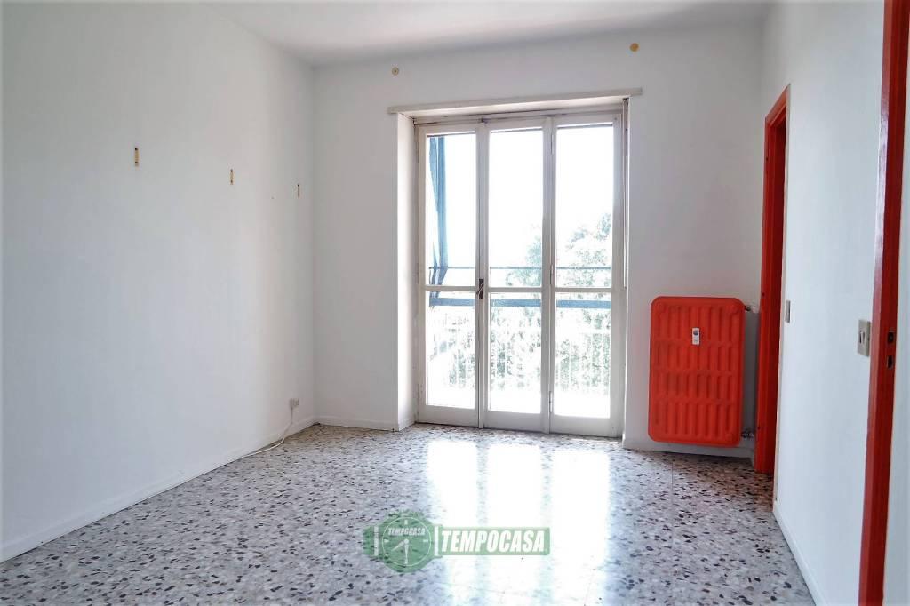 Appartamento in buone condizioni in vendita Rif. 8817584