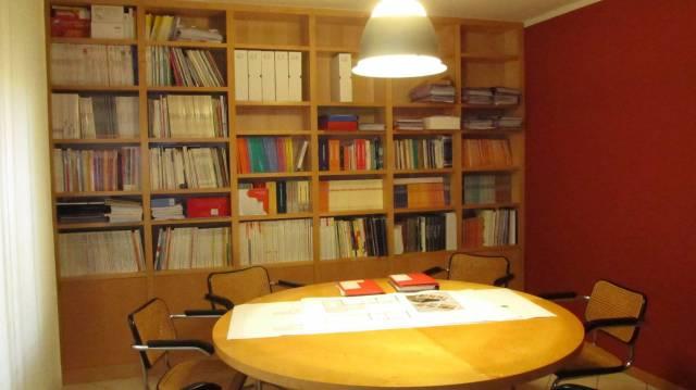 Ufficio / Studio in vendita a Borgomanero, 3 locali, prezzo € 110.000 | CambioCasa.it