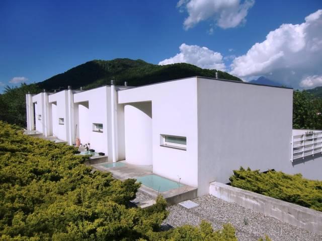Villa a Schiera in vendita a Asso, 3 locali, prezzo € 218.000 | CambioCasa.it