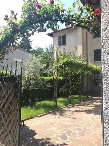 Villa in vendita a Lecco, 6 locali, prezzo € 360.000 | Cambio Casa.it