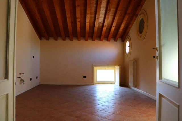Attico / Mansarda in vendita a Montichiari, 5 locali, prezzo € 195.000 | Cambio Casa.it