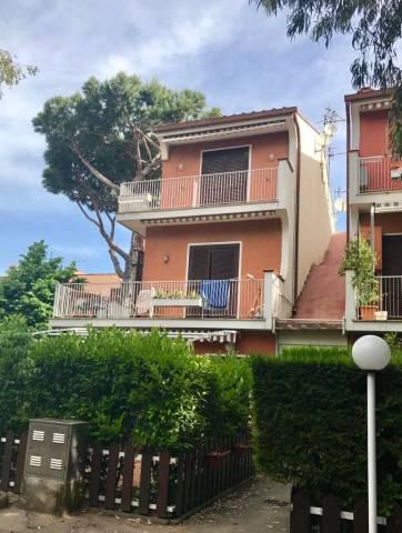 Appartamento in affitto a San Felice Circeo, 3 locali, prezzo € 700 | Cambio Casa.it