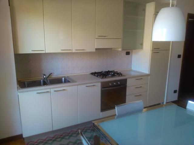Appartamento in vendita a Padova, 3 locali, zona Zona: 4 . Sud-Est (S.Croce-S. Osvaldo, Bassanello-Voltabarozzo), prezzo € 120.000 | Cambio Casa.it