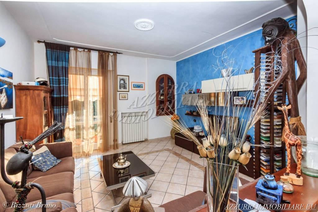 Appartamento in vendita via Ciamea Albisola Superiore