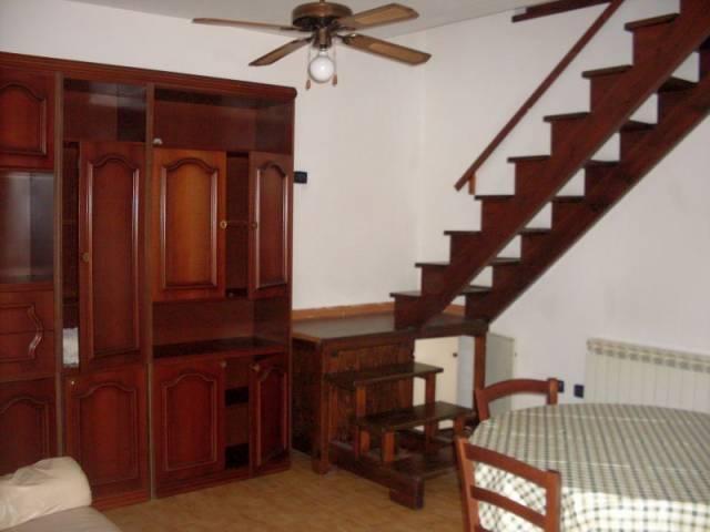 Soluzione Indipendente in affitto a Montecatini-Terme, 2 locali, prezzo € 450 | Cambio Casa.it