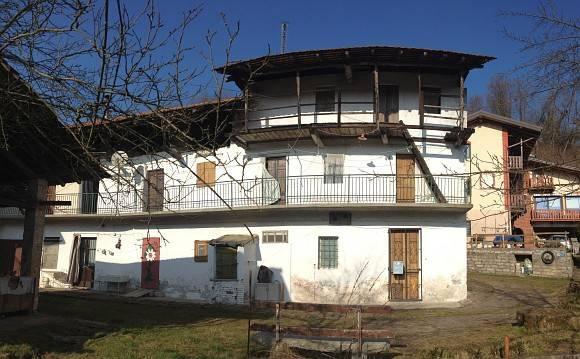 Rustico / Casale in vendita a Maggiora, 10 locali, prezzo € 20.000   PortaleAgenzieImmobiliari.it