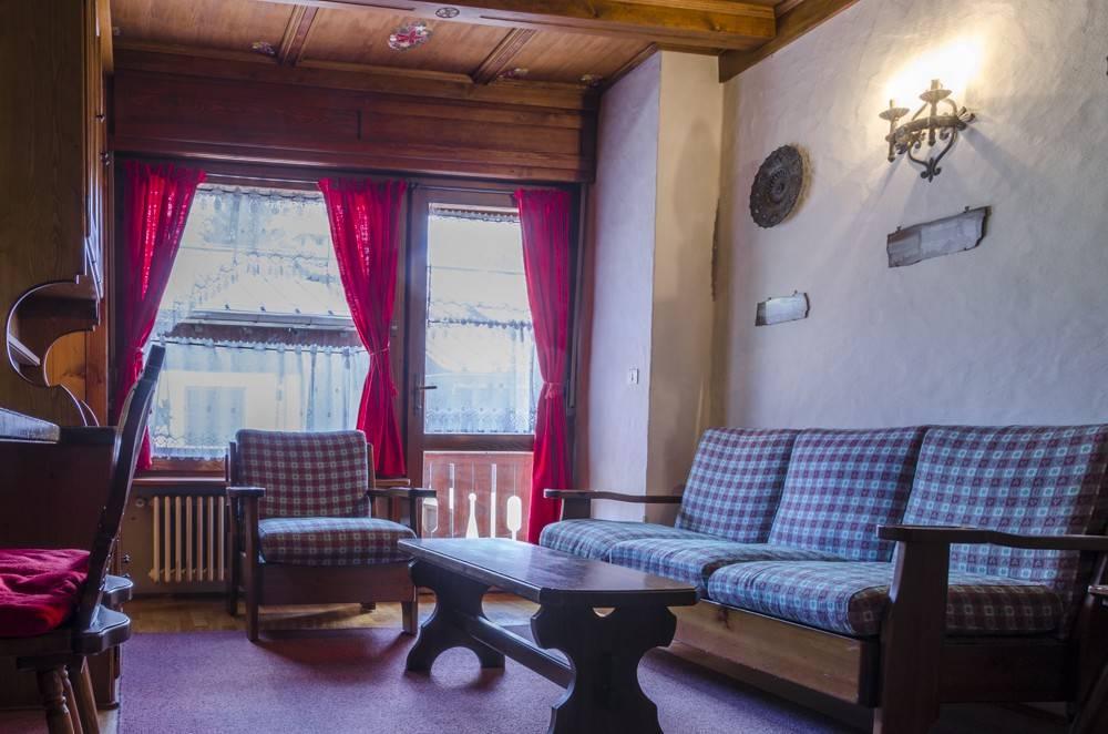 Romantico primo piano a Cortina d'Ampezzo