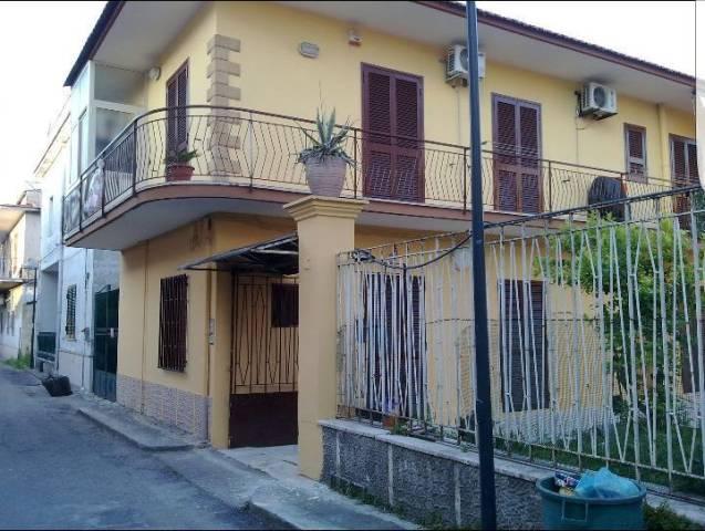 Appartamento in ottime condizioni in vendita Rif. 4208411