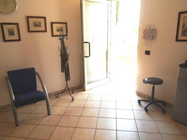 Spoleto zona centrale: locale in affitto e in vendita