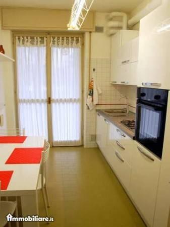 Appartamento in buone condizioni in vendita Rif. 8269111