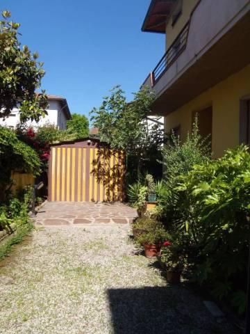 Soluzione Indipendente in vendita a Agliana, 6 locali, prezzo € 280.000 | Cambio Casa.it