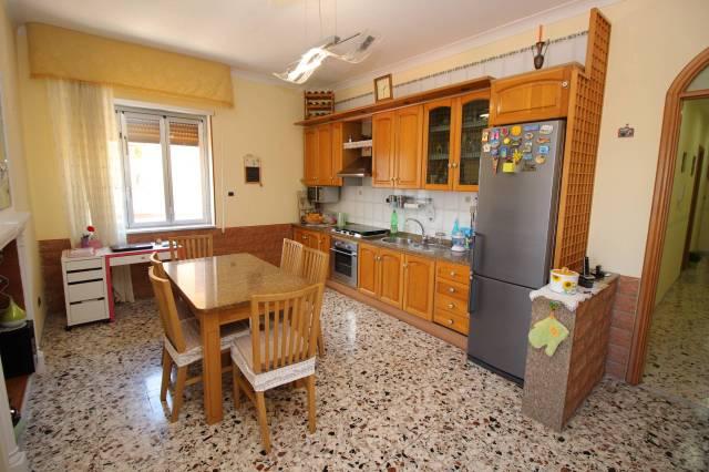 Appartamento in ottime condizioni in vendita Rif. 4190087
