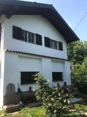 Villa in vendita a Bricherasio, 6 locali, prezzo € 400.000 | Cambio Casa.it