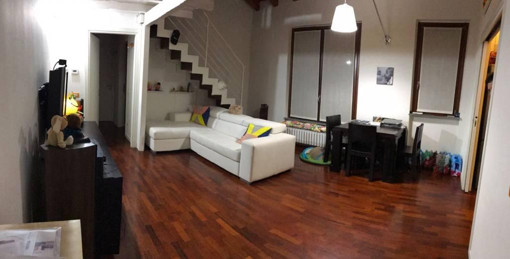Appartamento in ottime condizioni in vendita Rif. 8243760