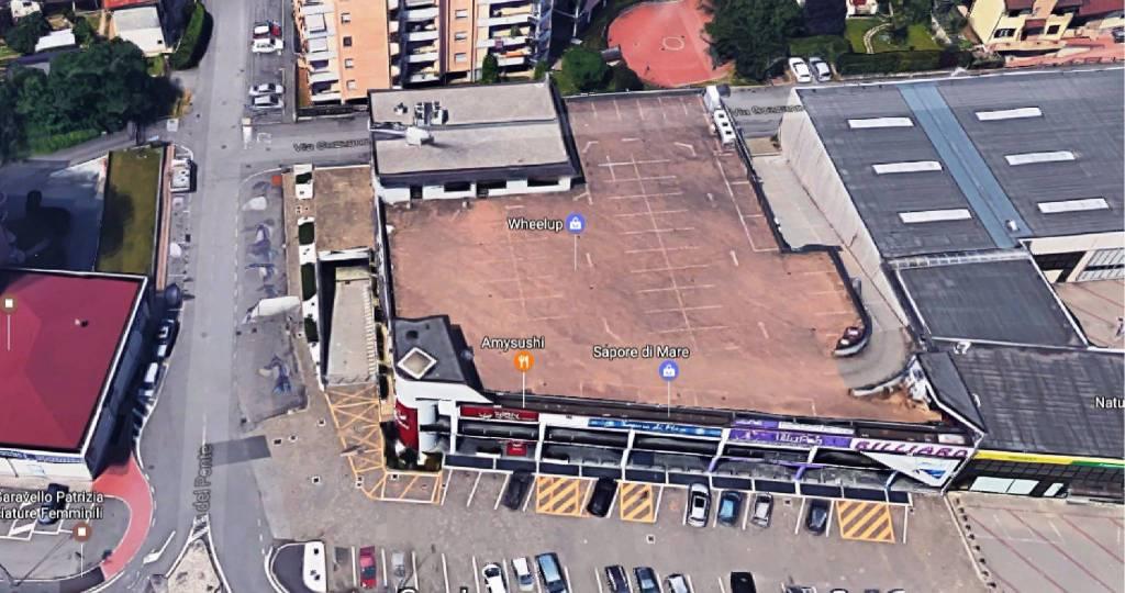 Ufficio / Studio in affitto a Busto Arsizio, 3 locali, prezzo € 1.250 | CambioCasa.it