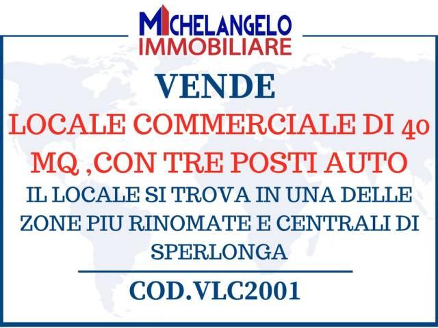 LOCALE COMMERCIALE AL CENTRO DI SPERLONGA