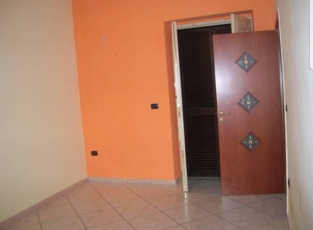 Appartamento in vendita a Crispano, 3 locali, prezzo € 80.000 | Cambio Casa.it