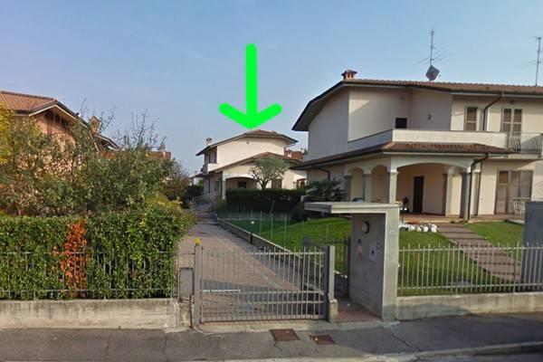 Villa in Vendita a Boltiere