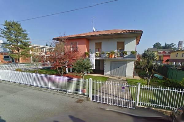 Villa in vendita a Spirano, 5 locali, prezzo € 170.000   Cambio Casa.it