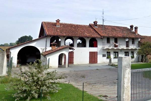 Foto 1 di Rustico / Casale via Vecchia 5, Vigone