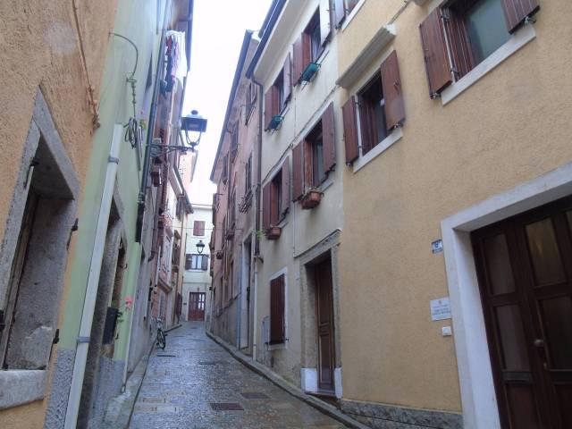 Soluzione Indipendente in vendita a Muggia, 4 locali, prezzo € 155.000   Cambio Casa.it