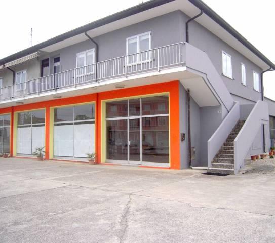 Appartamento in buone condizioni arredato in vendita Rif. 4277467