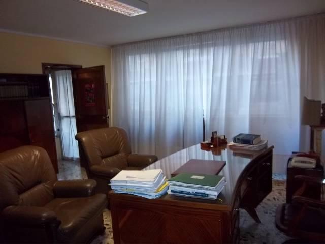 Ufficio / Studio in vendita a Cremona, 3 locali, prezzo € 65.000 | Cambio Casa.it