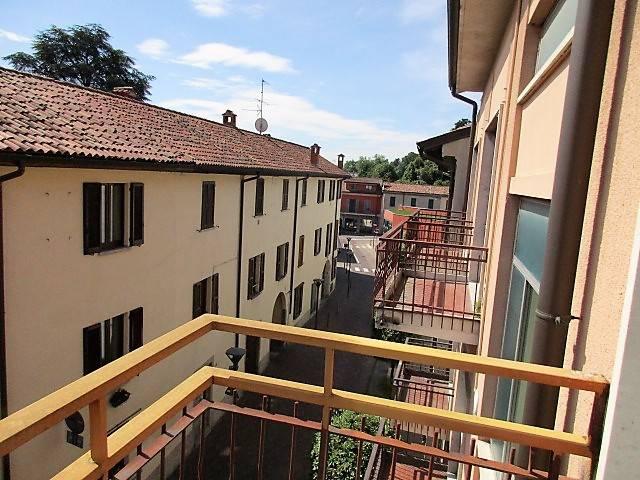 Appartamento in vendita a Lambrugo, 4 locali, prezzo € 67.000 | PortaleAgenzieImmobiliari.it
