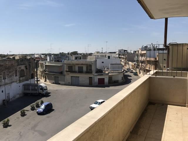 Appartamento trilocale in vendita a Carovigno (BR)