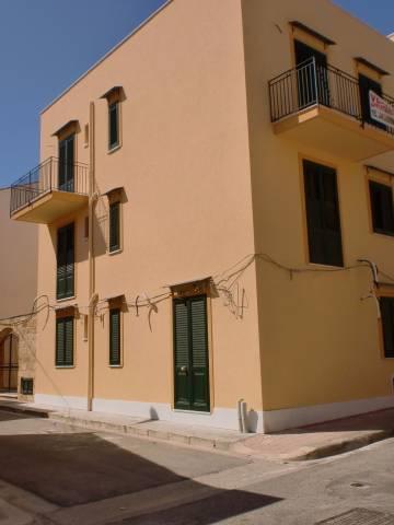 Appartamento in vendita a Santa Flavia, 4 locali, prezzo € 145.000 | Cambio Casa.it