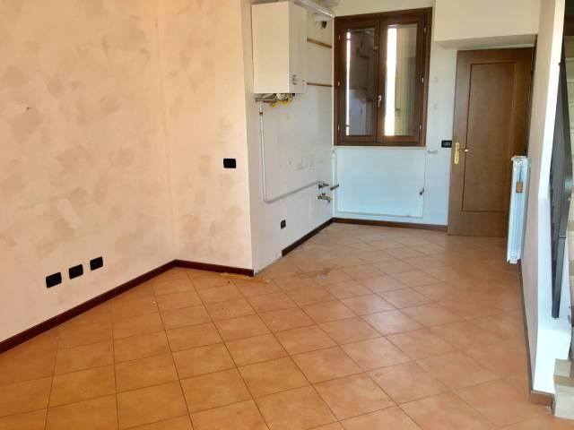 Appartamento in affitto a Dello, 2 locali, prezzo € 360 | CambioCasa.it