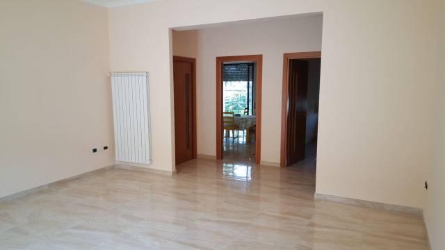Appartamento in affitto a Frattaminore, 4 locali, prezzo € 450 | Cambio Casa.it