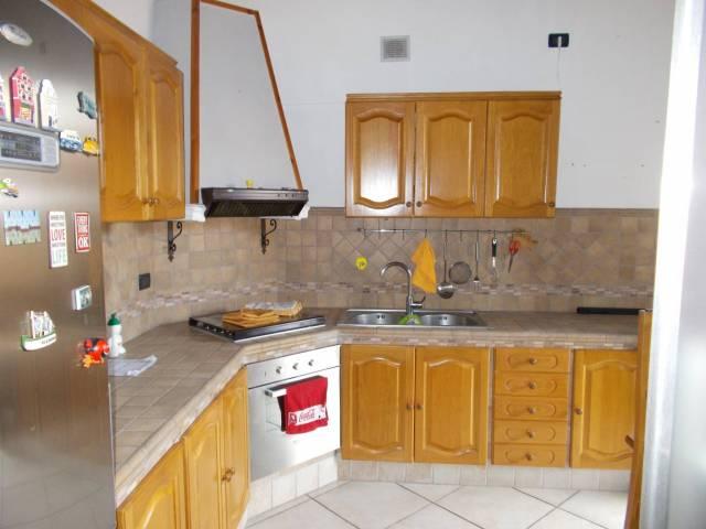 Attico / Mansarda in affitto a Canonica d'Adda, 3 locali, prezzo € 550 | Cambio Casa.it