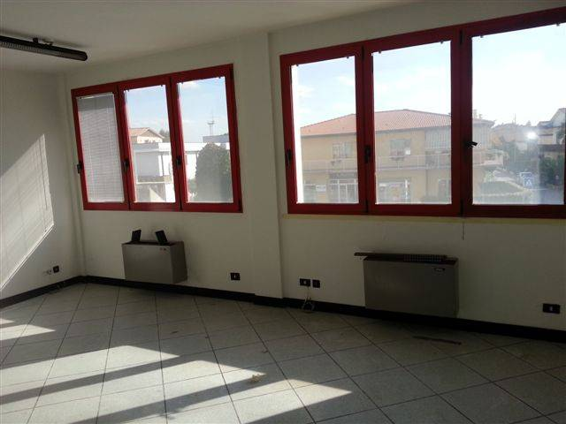 Ufficio bilocale in affitto a Ponte San Nicol (PD)