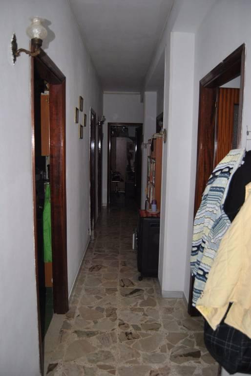 Appartamento quadrilocale in affitto a Floridia (SR)