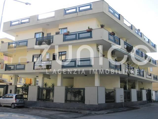 Appartamento in ottime condizioni in vendita Rif. 5023246