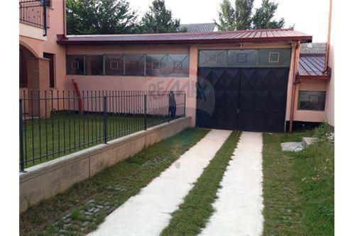 Magazzino/Laboratorio in vendita strada dei Comuni, 2 Caselette