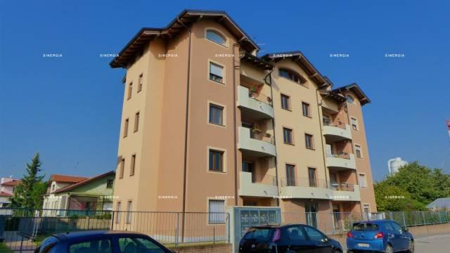 Appartamento in vendita a Abbiategrasso, 3 locali, prezzo € 209.000 | CambioCasa.it