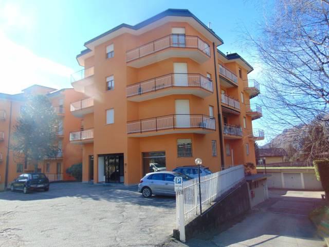 Negozio / Locale in vendita a Lecco, 3 locali, prezzo € 290.000 | Cambio Casa.it
