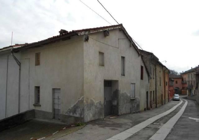 Rustico / Casale in vendita a Monleale, 5 locali, prezzo € 45.000 | CambioCasa.it