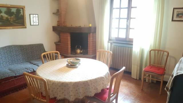 Appartamento in buone condizioni arredato in vendita Rif. 4222578