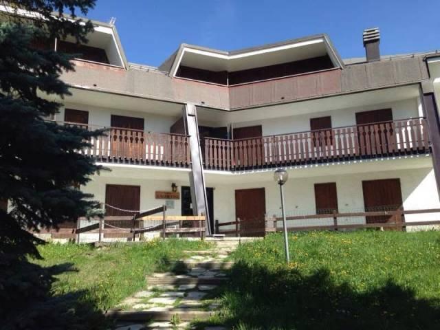 Appartamento in buone condizioni arredato in affitto Rif. 4810756