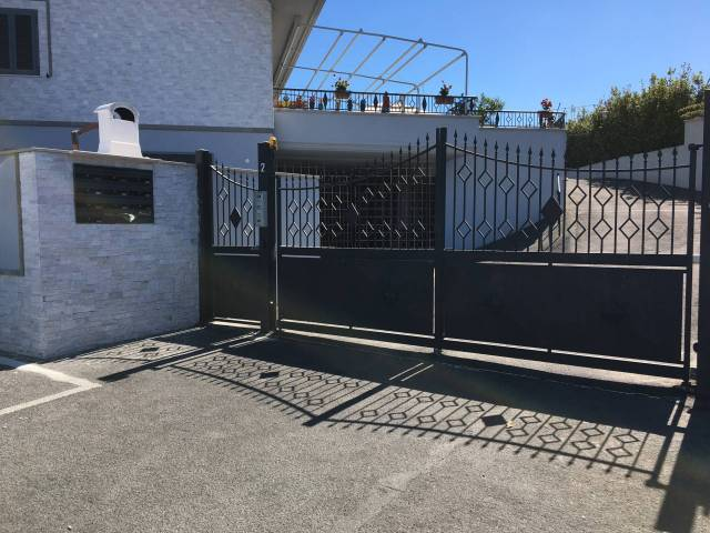 Box / Garage in vendita a Guidonia Montecelio, 9999 locali, prezzo € 15.000   CambioCasa.it