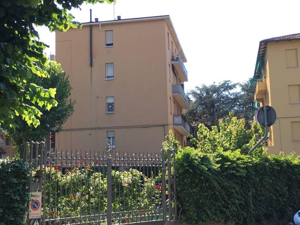 Appartamento in buone condizioni in vendita Rif. 8845325