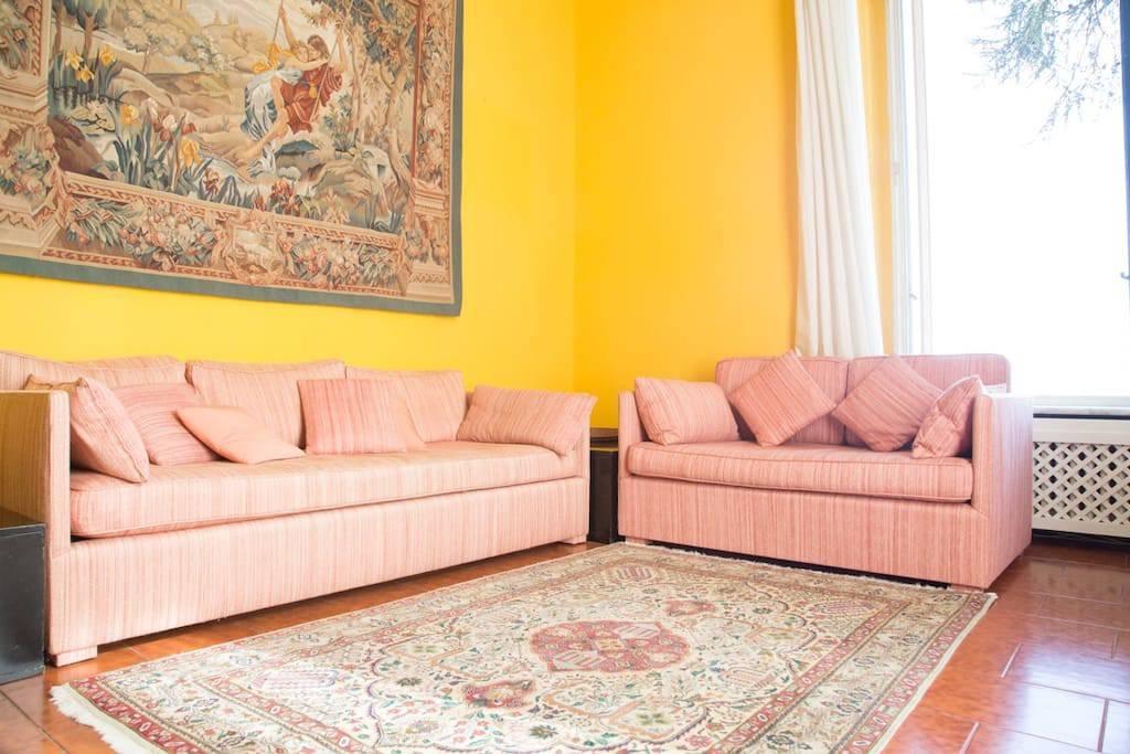 Appartamento in buone condizioni arredato in affitto Rif. 8465567