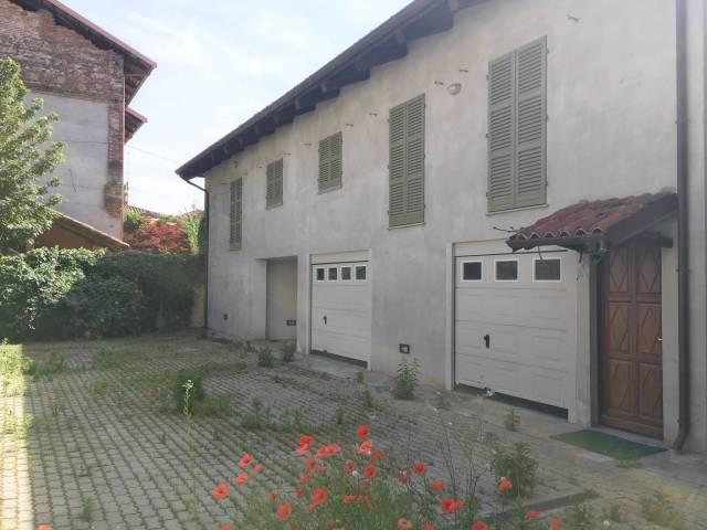 Stabile / Palazzo in ottime condizioni in vendita Rif. 4393941
