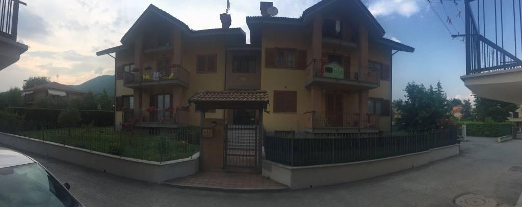 Appartamento in ottime condizioni in vendita Rif. 8398795