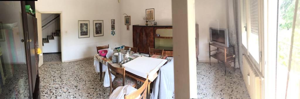 Villa in Vendita a Ravenna Centro: 5 locali, 231 mq