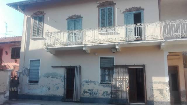 Soluzione Indipendente in vendita a Vanzaghello, 4 locali, prezzo € 120.000 | CambioCasa.it